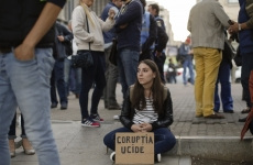 Inquam protest Piata Universității Gabriel Oprea
