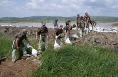 inundatii militari
