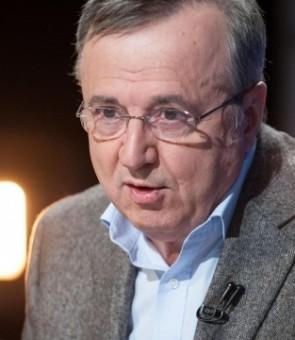 Cristoiu, ipoteză șoc: Criticând PSD, Corina Crețu s-a angajat într-o bătălie mult mai mare