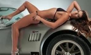 poze-femei-sexy-masini-frumoase