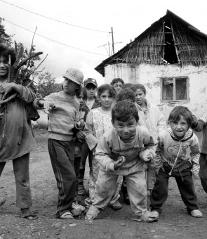 Comunitate de tigani din Ceuas Targu Mures