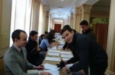 studenti la vot