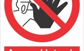 acces interzis