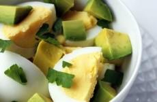 mic dejun ou avocado