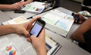 smartphone scoala