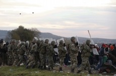 politie macedonia refugiati imigranti