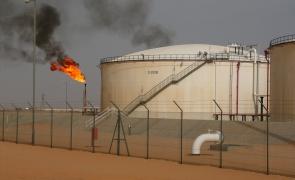 El_Saharara_oil_field,_Libya