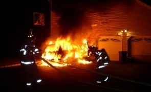 masina flacari foc incendiu