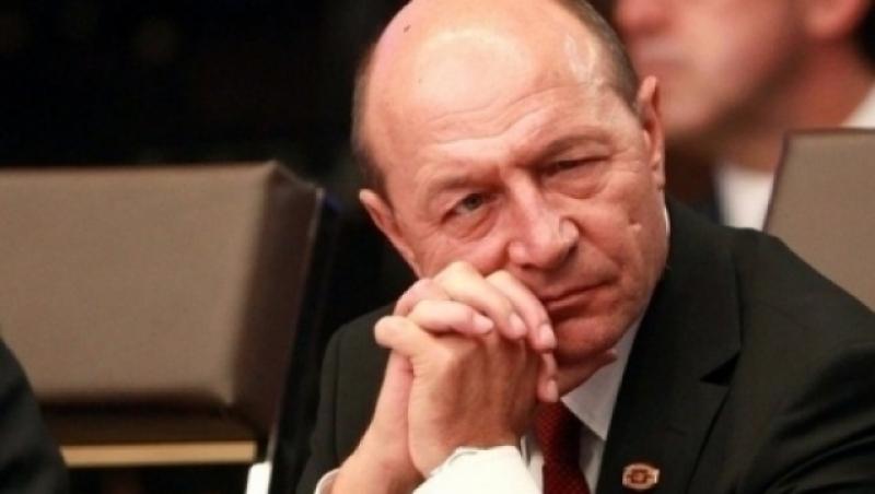 Thumbnail for Acuze grave aduse lui Traian Băsescu: 'L-a băgat pe nedrept în închisoare!'