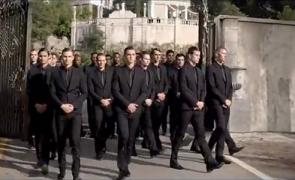 armata costume candidati