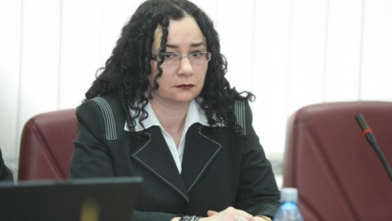Thumbnail for SURPRIZĂ: Oana Schmidt-Hăineală, detaşată la cabinetul ministrului Justiţiei/ DOCUMENT