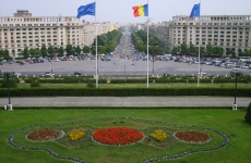 Bucuresti_palatul_parlamentului_view