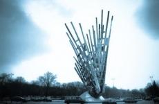 monumentul aripi