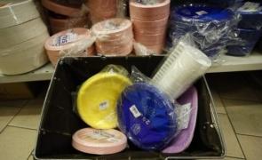 plastic pahare farfurii  linguri