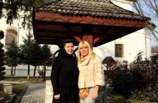 elena udrea maicuta manastire