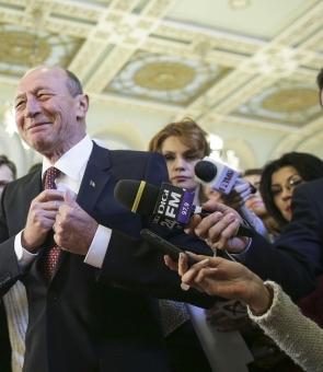 Traian Băsescu lansează arsenalul greu: 'E o ticăloșie. Ăla e un nenorocit de om'