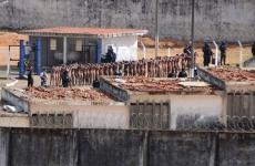 rebeliune penitenciar violente