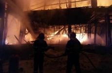 incendiu Bamboo 3
