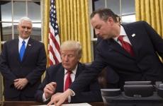 Trump semneaza obamacare