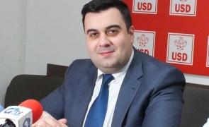 Ministrul Transporturilor, Răzvan Cuc, este de părere că statul paralel este de vină pentru lipsa autostrăzilor din România