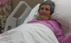 femeie surogat bunica