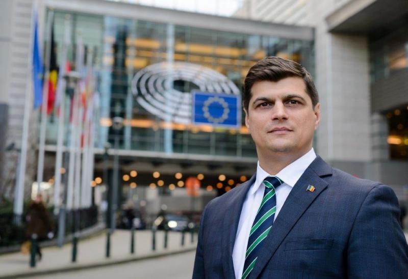 Thumbnail for Un român decide cine va fi viitorul președinte al Parlamentului European