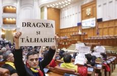 Inquam PNL și USR protest in parlament