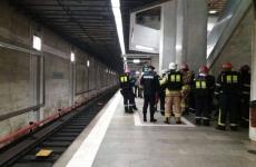 metrou evacuat, poliție