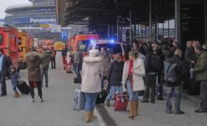 aeroport Hamburg evacuat