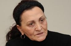 Eugenia Manole