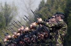 soldați români