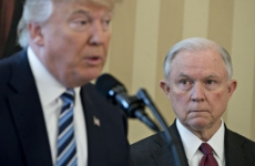 trump si Jeff Sessions