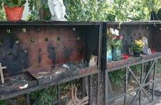 altar colectiv vandalizat