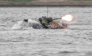 exercitii militare