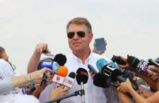 Klaus Iohannis ochelari