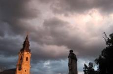 vânt, vreme rea, nori