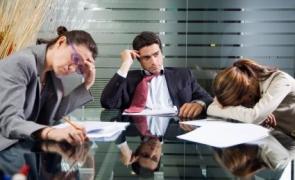 angajator angajați