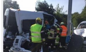 accident belgia microbuz romani