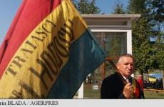 steag tricolor vechi 150 de ani