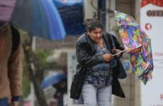 ploaie umbrela femeie