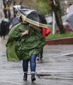 ploaie umbrela pelerina vant