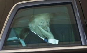 Donald Trump în mașină