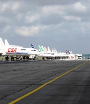 avioane pistă aeroport Otopeni
