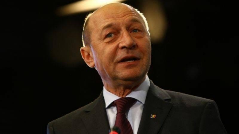 Băsescu își UMILEȘTE adversarii: Cei de la PNL pot să ne spună 'nene', că suntem în PPE cu cel puțin un an înaintea lor