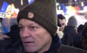 Dacian Cioloș fes