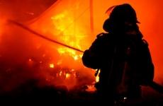 pompier, incendiu, foc