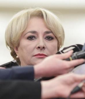 Întâmplare nefericită din trecutul premierului Viorica Dăncilă: A fost BĂTUTĂ 'din cauza lui Băsescu'