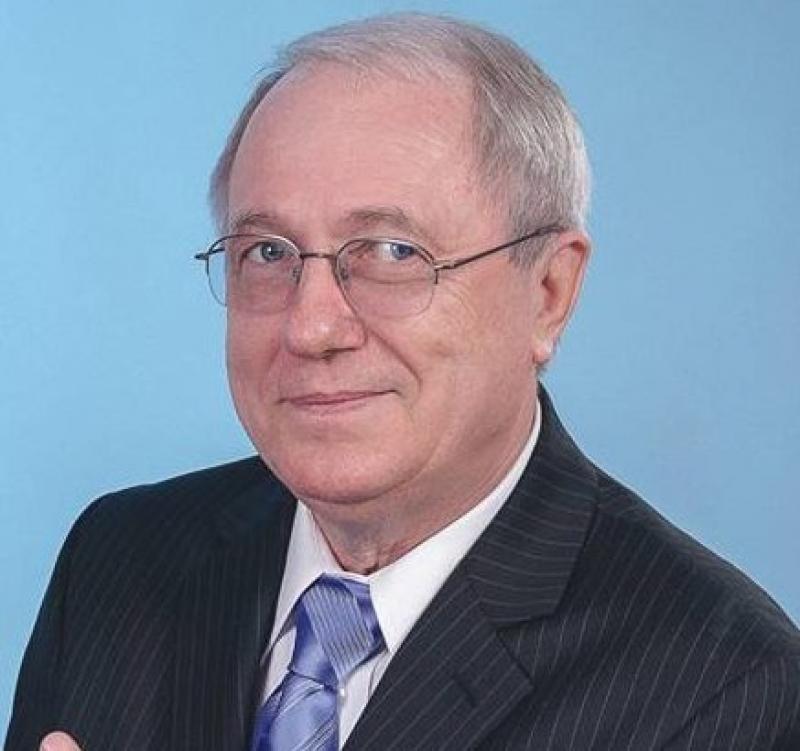 România are nevoie de Președinte, nu de notarul lui Dragnea, care moțăie la Cotroceni