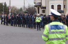 Inquam proteste la Palatul Cotroceni