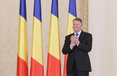 Klaus Iohannis la Cotroceni aplaudă